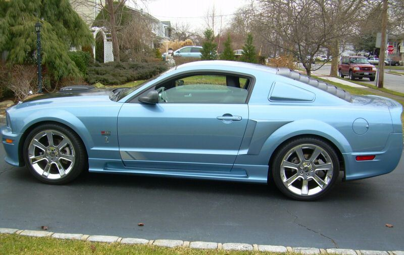 Windveil Blue 2005 Saleen S281 Supercharged Mustang Coupe