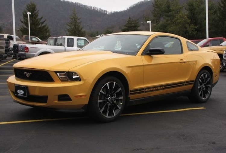 Yellow Blaze 2012 Mustang V6 Coupe